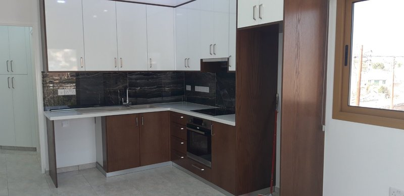 ** LUXURY ONE BEDROOM APARTMENT FOR RENT IN EAST LIMASSOL AR.....