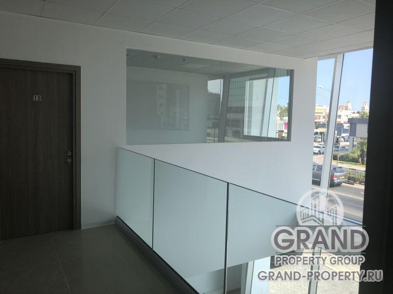 13390 - Larnaca, Office  м2 rent Larnaca , Sklavenitis