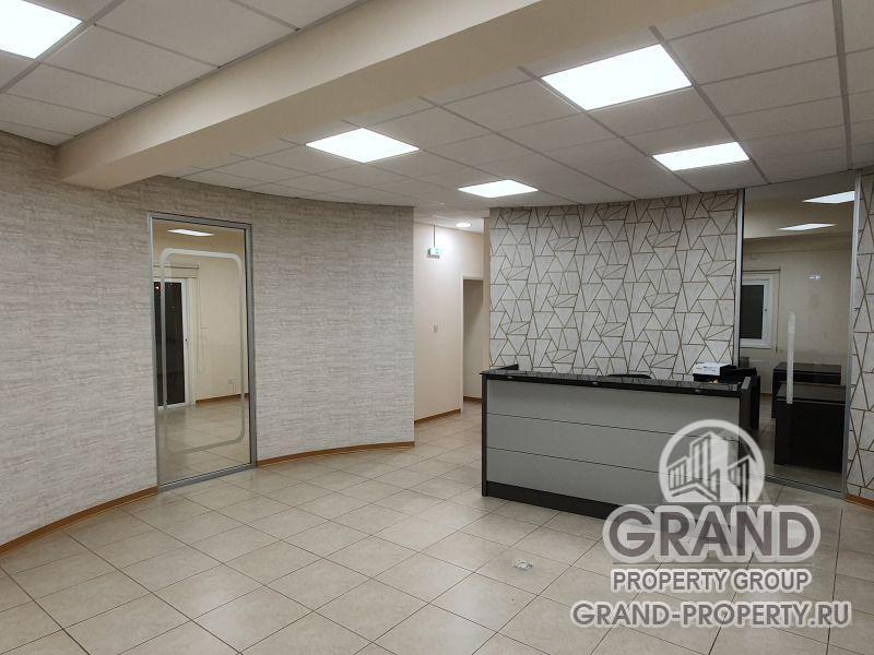 15976 - Larnaca, Office  2 rent Larnaca , Cineplex
