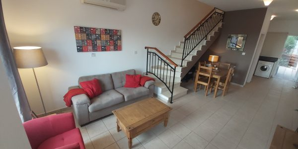 Two Bedroom Fully Furnished Townhouse 23 Niolymmatos, Peyia.....