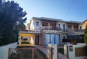 To Rent 4 + attic Bedroom Semi-detached House in Geri, Nicos.....