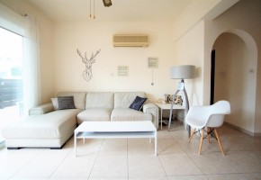 2 bedroom ground floor apartment for sale in kato paphos uni.....