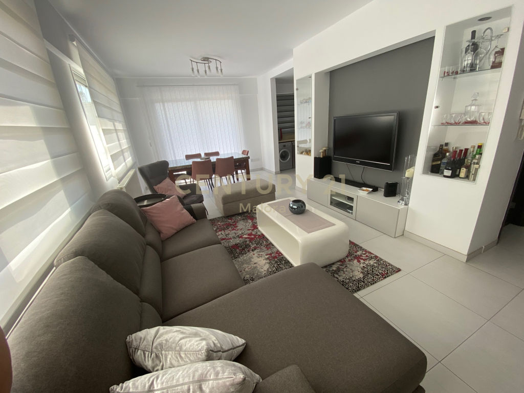2 bedroom apartment for sale in limassolmesa geitonia