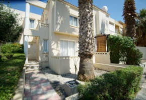 2 bedroom town house for rent in kato paphos paphos