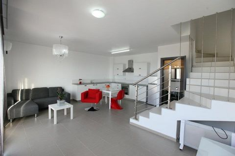 House (Maisonette) in Aglantzia, Nicosia for Rent  Modern 2.....