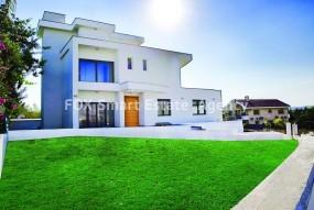 For Sale 7 Bedroom Detached House in Kalogyros, Limassol sal.....