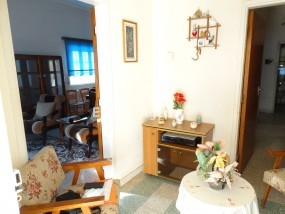 To Rent 3 Bedroom Bungalow (Single Level) House in Prodromos.....