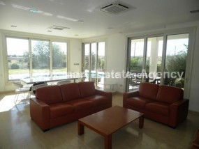 For Rent 5-Bedroom Detached House with swimming pool in Agio.....