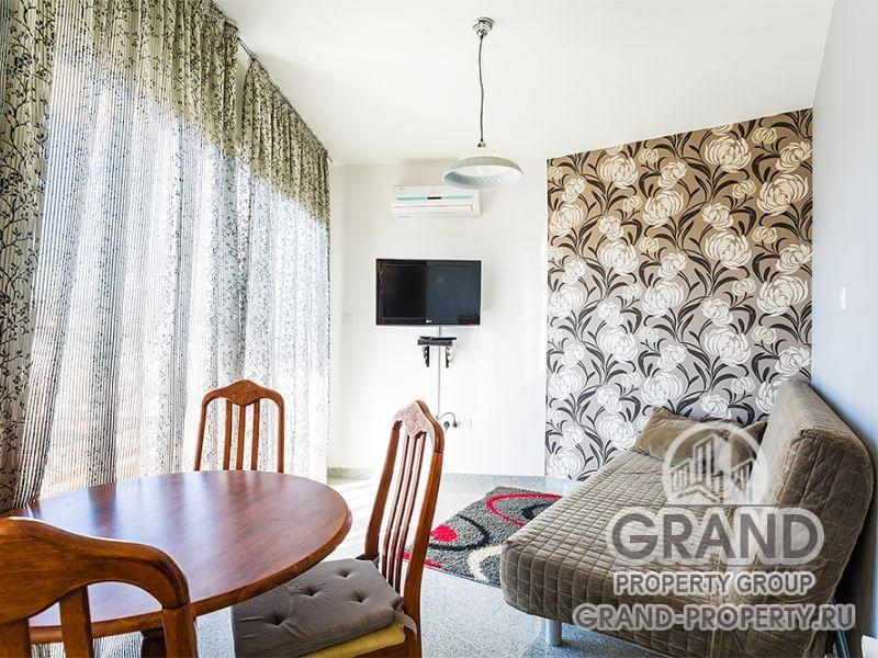 7681 - Limassol, Apartment 42 м2 short term rent Limassol.....