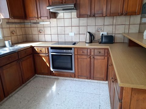 House (Semi detached) in Acropoli, Nicosia for Rent  A cosy.....