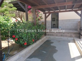 To Rent 2 Bedroom Detached House in Dekelia, Larnaca short t.....