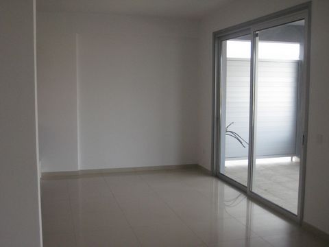 Commercial (Office) in Strovolos, Nicosia for Rent  Spacious.....