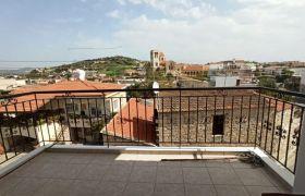 Apartment for Rent (Top Floor Apartment) in Pareklisia, Lima.....