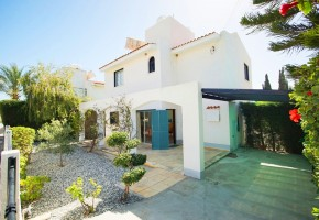 2 bedroom detached villa for sale in peyia coral bay paphos.....