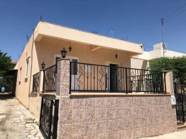(for rent) residential detached house larnaka larnaca town 3.....