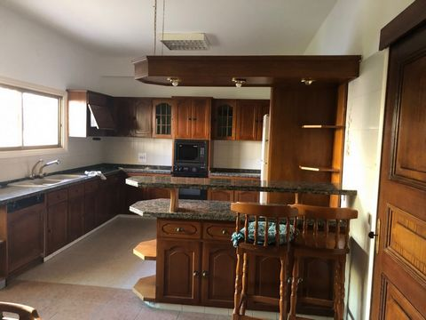 House (Semi detached) in Ayios Dometios, Nicosia for Rent  B.....