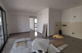 Apartment for Sale (Apartment) in Mesa Geitonia, Limassol