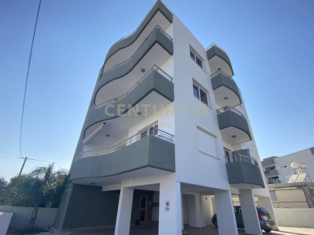 2 bedroom apartment for sale in mesa geitonia limassol