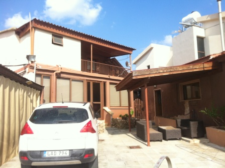 Traditional Village House For Rent In Mazotos Larnaca  A tra.....