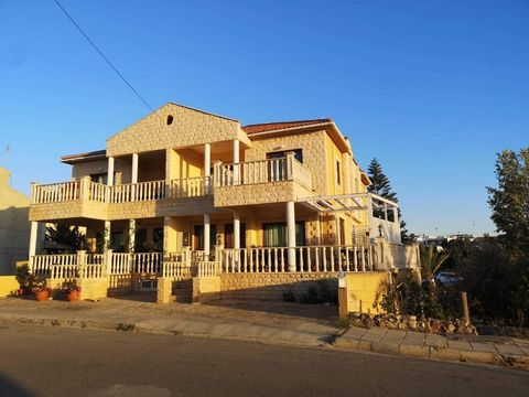 House (Semi detached) in Anthoupoli, Nicosia for Rent  Lovel.....