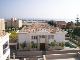For Sale 6 Bedroom Detached House in Parekklisia, Limassol s.....