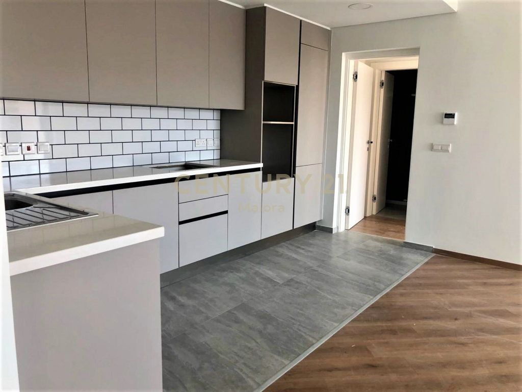 2 bedroom flat for sale in limassol mesa geitonia